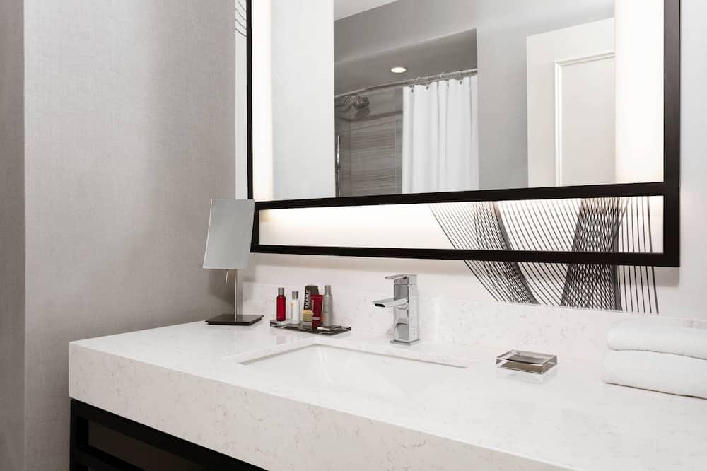 Deluxe szoba, 2 kétszemélyes ágy, nemdohányzó, kilátással - Fürdőszoba