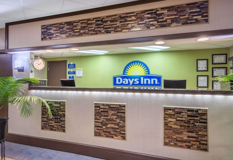 Days Inn by Wyndham Knoxville East, Knoxville, Lobby