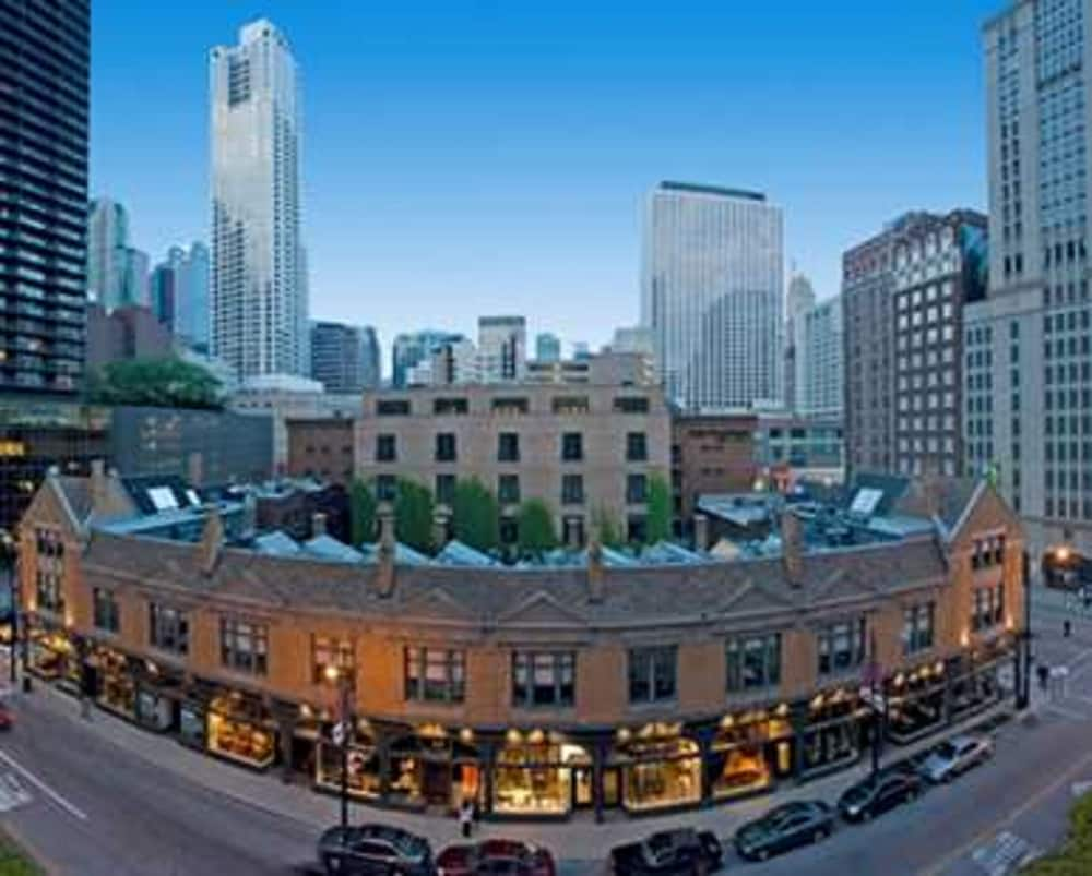 Book embassy suites chicago downtown in chicago for All hotels downtown chicago