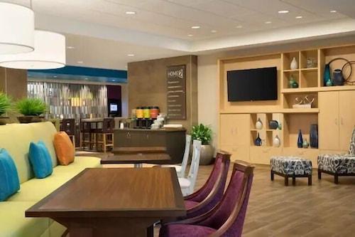 喬治亞瓦爾德斯塔希爾頓惠庭飯店/