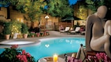 Choose This Romantic Hotel in Santa Fe -  - Online Room Reservations