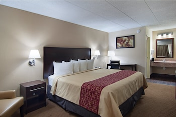 Enter your dates to get the Springfield hotel deal