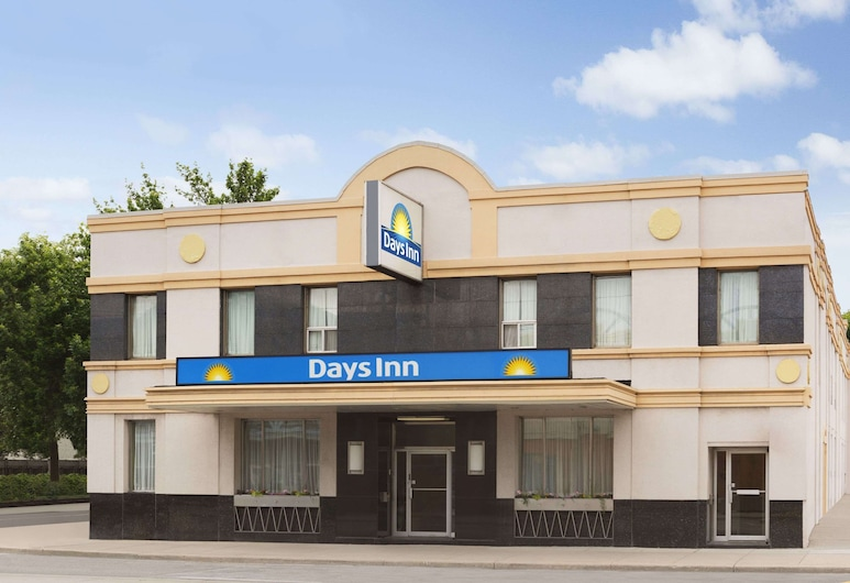 Days Inn by Wyndham Toronto East Beaches, Toronto