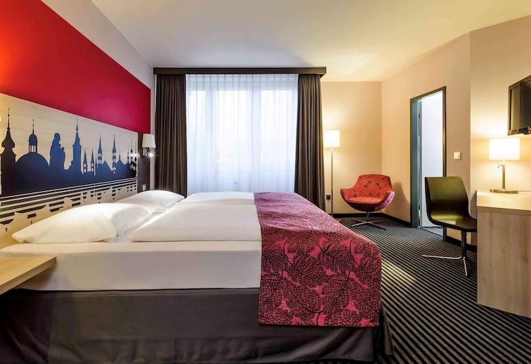 Mercure Hotel Wuerzburg Am Mainufer, Wuerzburg, Standard Double Room, 1 Double Bed, Guest Room