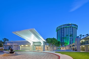 Slika: Holiday Inn Long Beach Airport Hotel and Conference Center ‒ Los Angeles