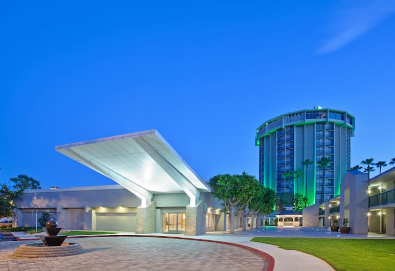 Holiday Inn Long Beach Airport Hotel and Conference Center, Long Beach