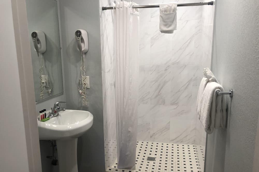 Standard Δωμάτιο, 1 King Κρεβάτι, Πρόσβαση για Άτομα με Αναπηρία - Μπάνιο