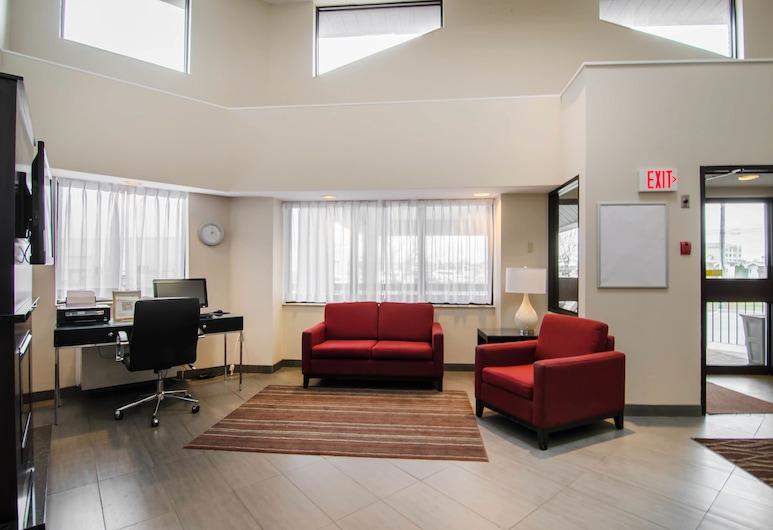 Comfort Inn Regina, Regina, Sala de estar en el lobby