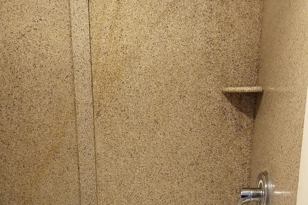 Quarto Clássico, 1 cama king-size, Fumadores - Casa de banho