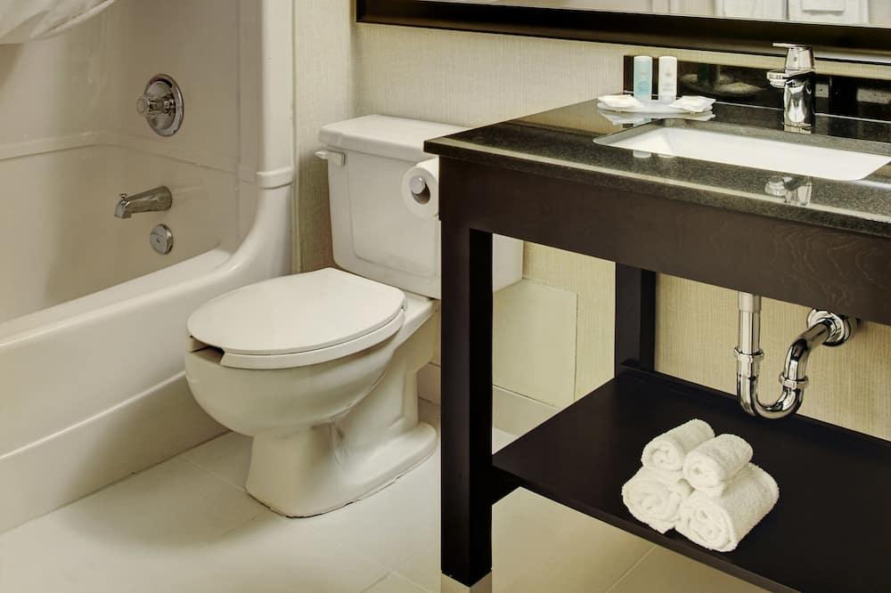 Quarto Duplo, 2 camas de casal, Não-fumadores, Rés-do-chão - Casa de banho