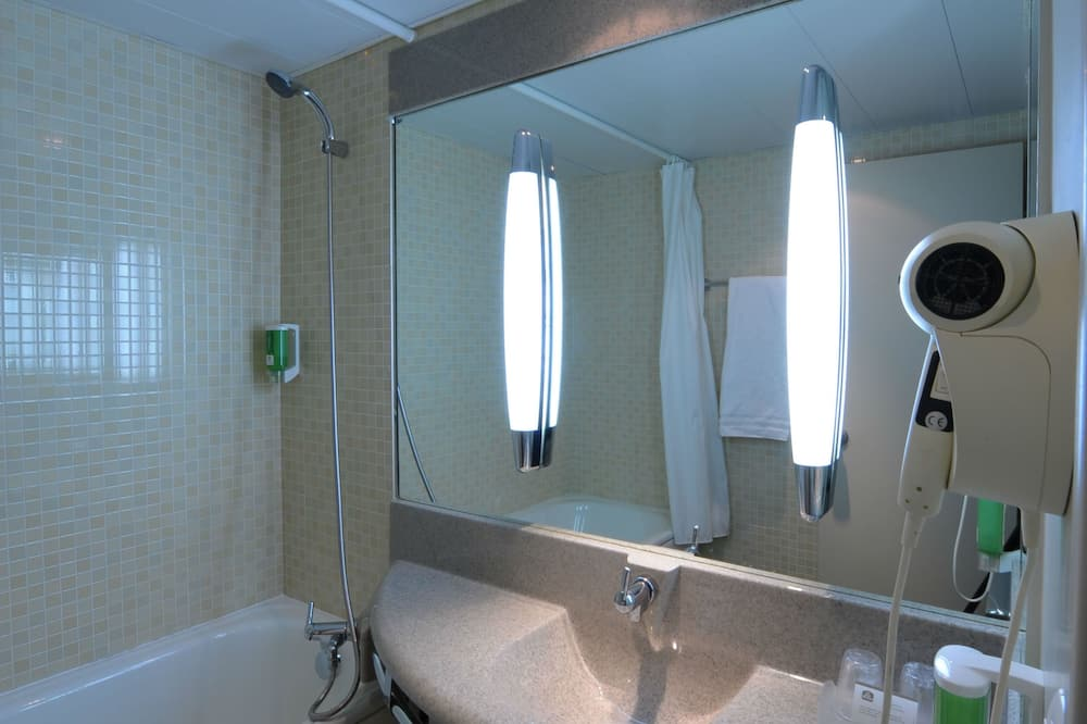 Superior Double Room, 1 Katil Ratu (Queen) - Bilik mandi
