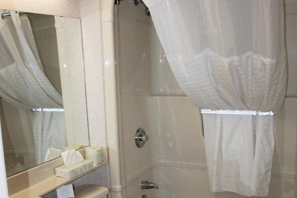 Habitación, 2 camas Queen size - Baño