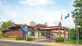 Choose This Business Hotel in Rhinelander -  - Online Room Reservations
