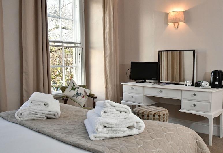 The Lansdowne Hotel, Calne, Double Room, Ensuite, Bilik Tamu