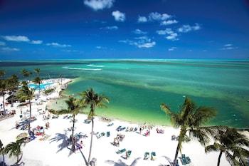 Picture of Postcard Inn Beach Resort & Marina in Islamorada