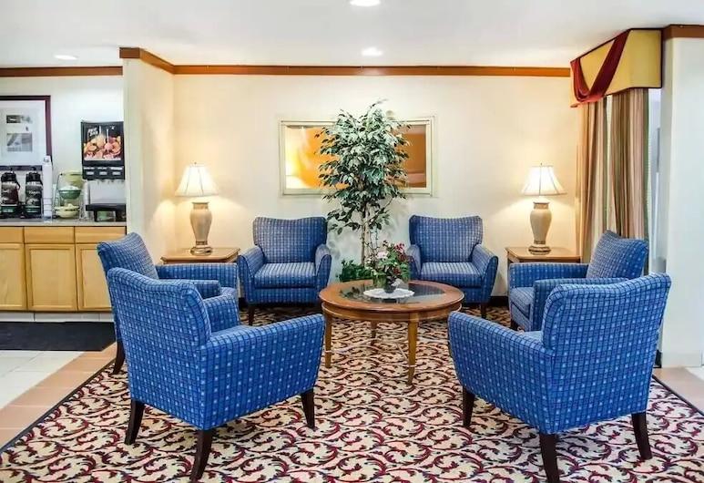 Super 8 by Wyndham New Cumberland, New Cumberland, Lobby Lounge