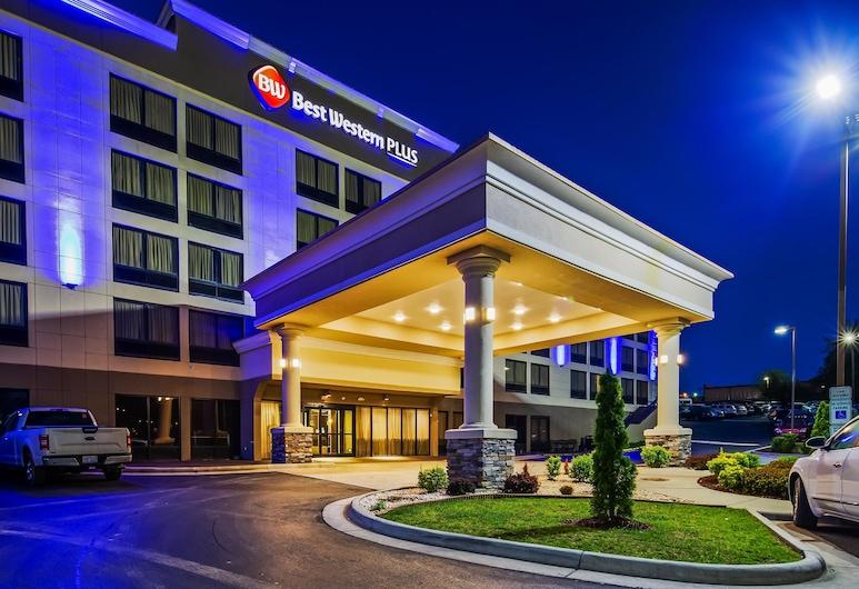โรงแรมเบสท์เวสเทิร์นพลัส เฮนส์มอลล์, วินสตัน-เซเลม