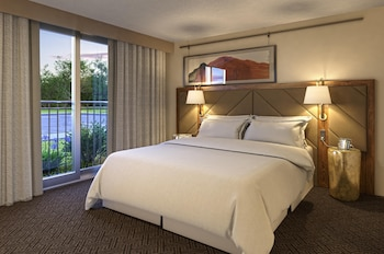 Picture of DoubleTree Suites by Hilton Hotel Sacramento- Rancho Cordova in Rancho Cordova