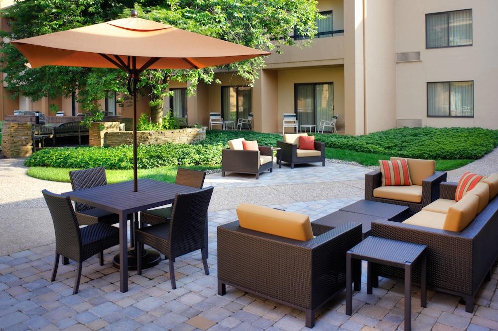 Courtyard by Marriott Lexington North