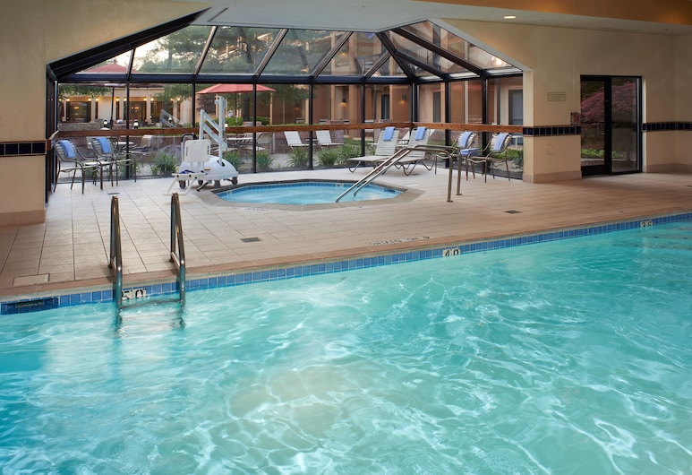 Courtyard by Marriott Lexington North, Lexington, Sisäuima-allas