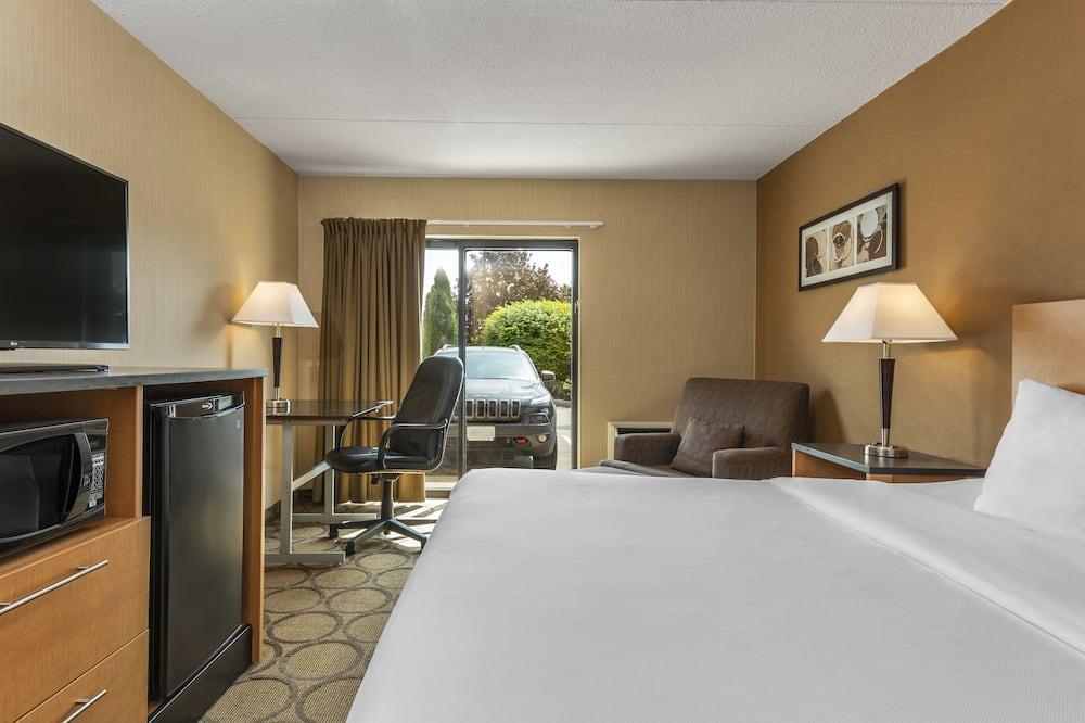 Kamar Standar, 1 Tempat Tidur Queen dengan tempat tidur Sofa, non-smoking, lantai dasar - Kamar Tamu