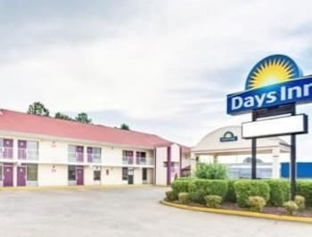Picture of Days Inn Muscle Shoals in Muscle Shoals