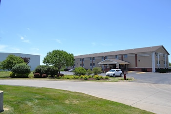 Picture of Countryside Inn & Suites in Council Bluffs