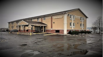 Picture of Countryside Inn & Suites I80-I29 in Council Bluffs