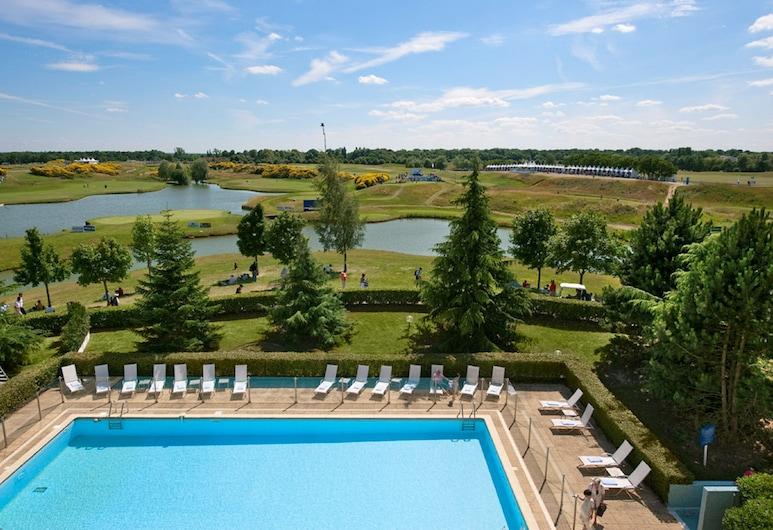 圣康坦伊夫林诺富特酒店, Magny-les-Hameaux, 行政客房, 1 张单人床, 景观, 客房景观