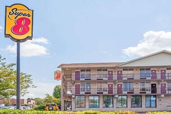 Motels In Manas