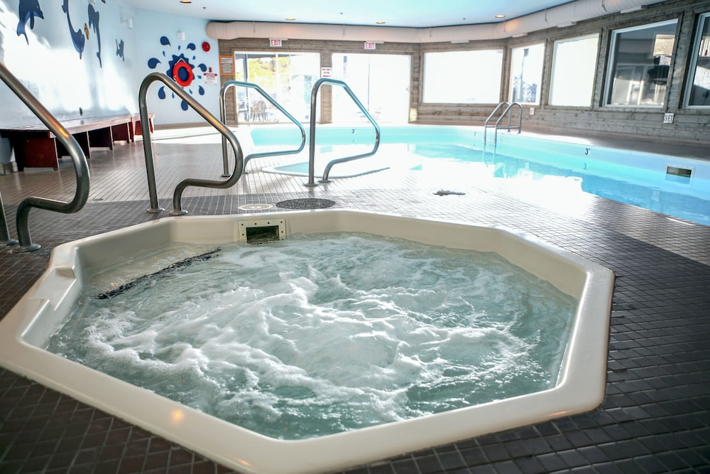 Travelodge By Wyndham Parksville Indoor Spa Tub