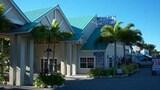Choose This Cheap Hotel in Islamorada