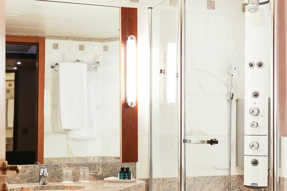 皇家雙人或雙床房 - 浴室
