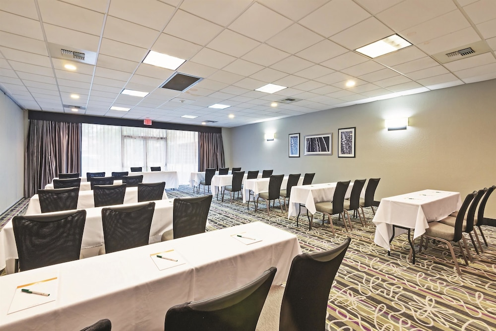 Kenner (LA) United States  City new picture : Book La Quinta Inn & Suites New Orleans Airport, Kenner, Louisiana ...