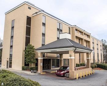 Introduce sus fechas y vea precios de hoteles última hora en Durham