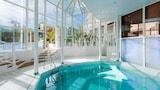 Grenoble hotels,Grenoble accommodatie, online Grenoble hotel-reserveringen