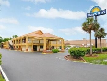 Picture of Days Inn Monroe in Monroe