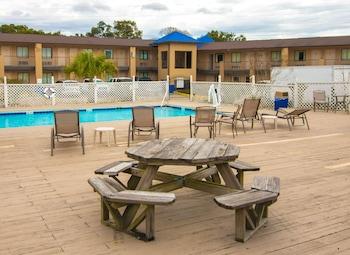 Φωτογραφία του Americas Best Value Inn & Suites Pensacola, Πενσακόλα