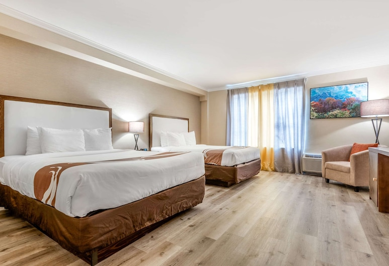 Quality Inn & Suites, מפלי הניאגרה, חדר, 2 מיטות קווין, ללא עישון, חדר אורחים