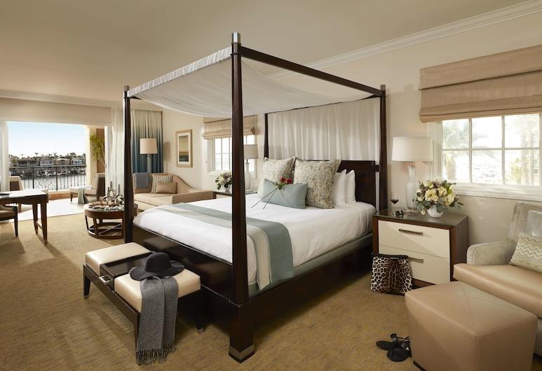Balboa Bay Resort, ניופורט ביץ', סוויטה נשיאותית, 2 חדרי שינה, חדר אורחים