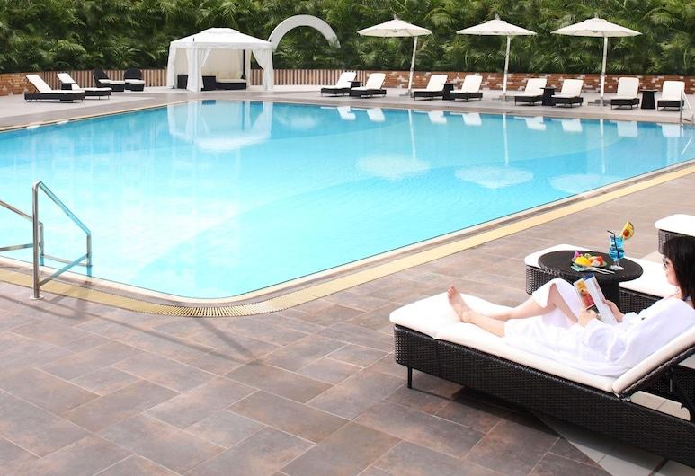 Panda Hotel, Tsuen Wan, Outdoor Pool
