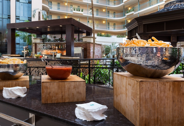 Embassy Suites by Hilton Dallas DFW Airport South, Irving, Réception