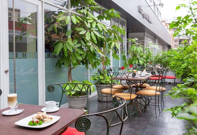 San Agustin Exclusive Hotel, Lima, Dinerruimte buiten
