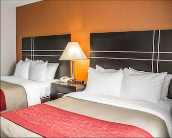 Columbus bölgesindeki Norwood Inn & Suites North Conference Center resmi