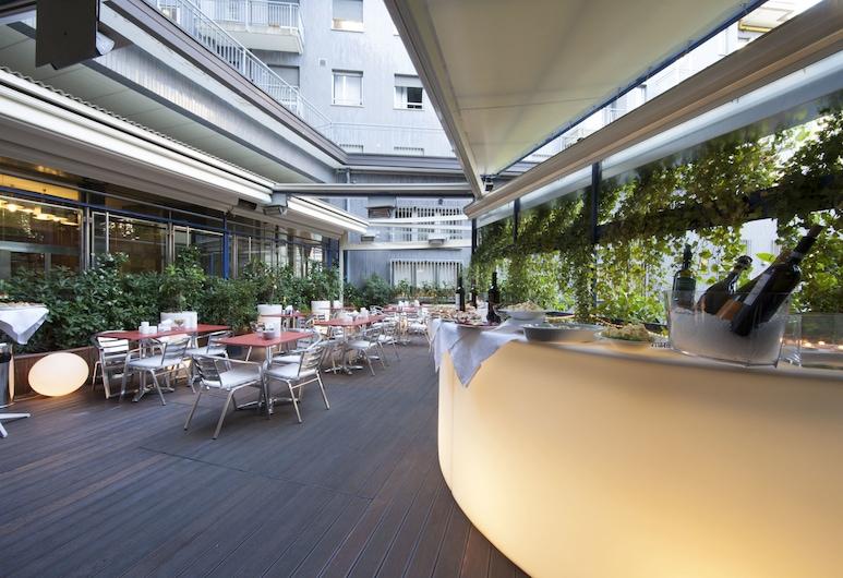 Carlyle Brera Hotel, Milan, Tempat Makan Luar Ruangan
