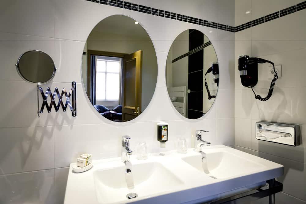 ห้องซูพีเรียทริปเปิล, หลายเตียง - ห้องน้ำ