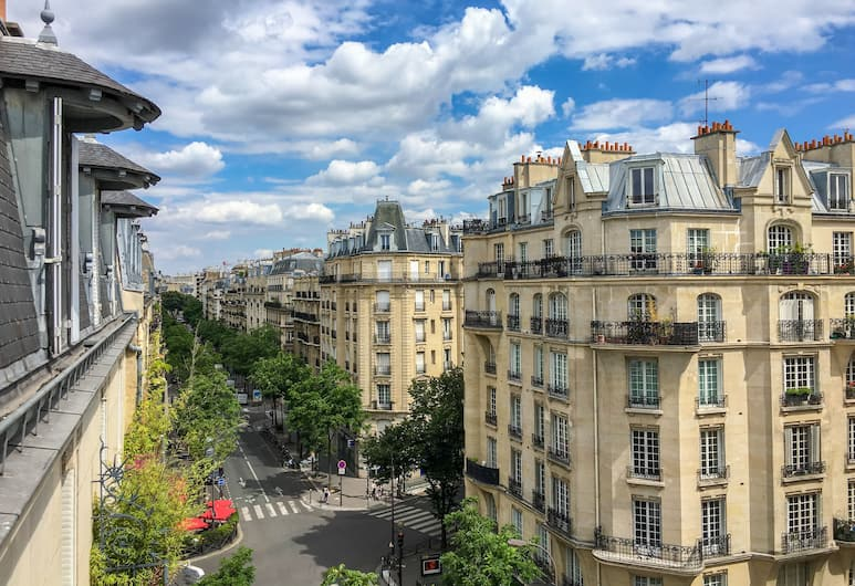 Best Western Montcalm, Paris, View from Hotel