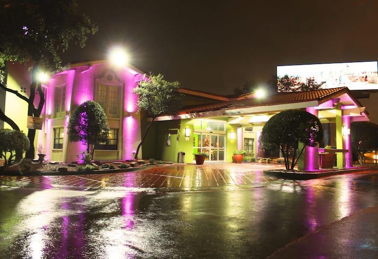 Stay Express Inn Dallas - Fair Park / Downtown, Даллас, Фасад отеля