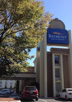 Picture of Baymont by Wyndham Charlotte Airport North / I-85 North in Charlotte