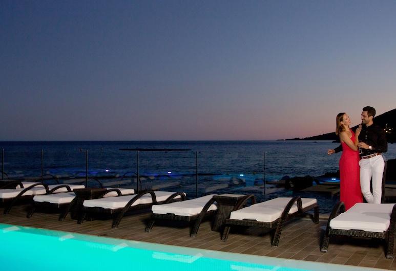 Tiara Miramar Beach Hotel & Spa, Theoule-sur-Mer, Pool